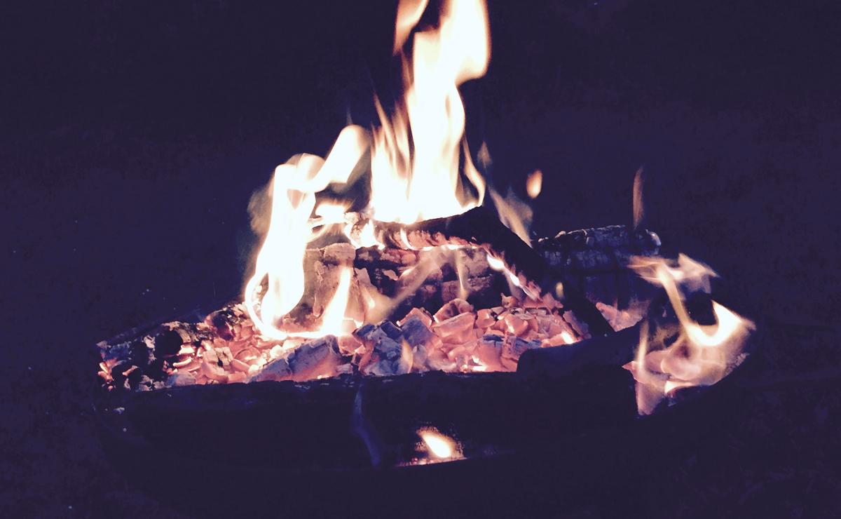 Mach ein Feuer für Deine Kinder und dann höre ihnen zu.